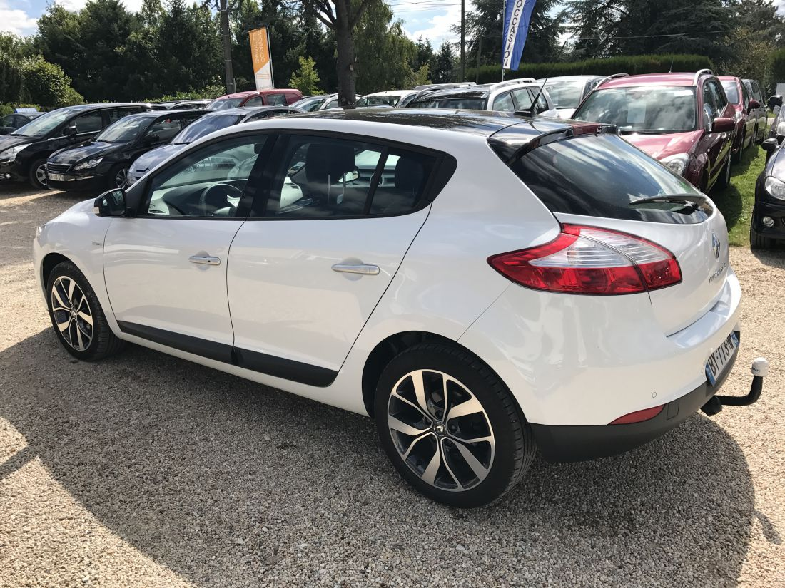 Renault Megane Megane Iii Ph2 1 9 Dci 130 Cv Bose Vente Vehicules D Occasion Pres De Chateauneuf Sur Loire Mouhouch Mohamed